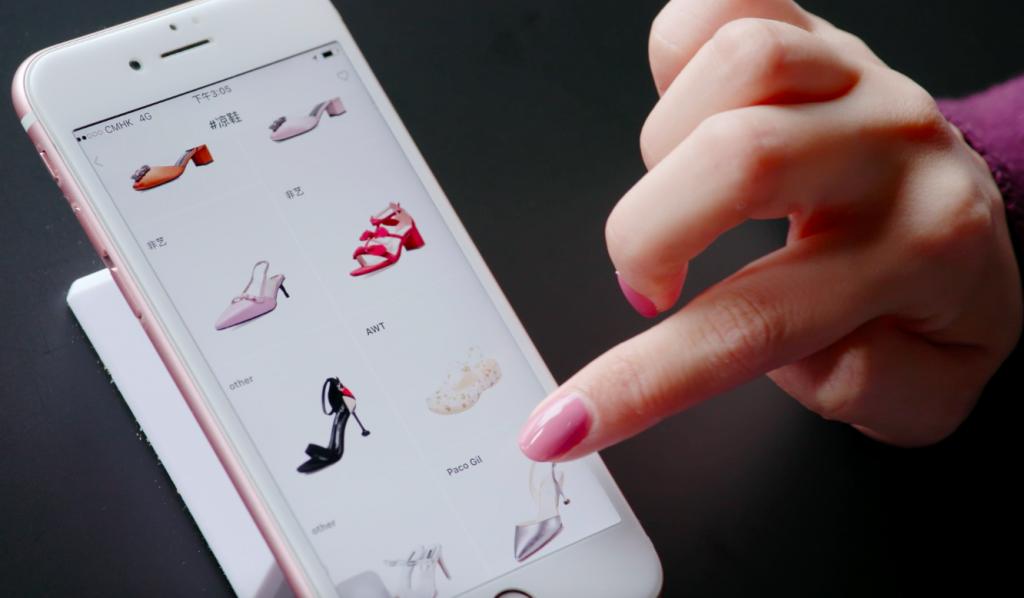 Doanh nghiệp ngành thời trang đang dùng trí tuệ nhân tạo 2