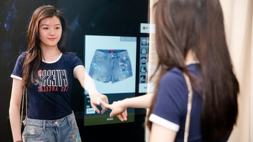 Doanh nghiệp ngành thời trang đang dùng trí tuệ nhân tạo 5