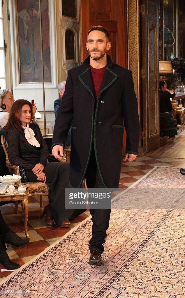 bộ sưu tập thời trang của bạn NTK Karl Lagerfeld 6
