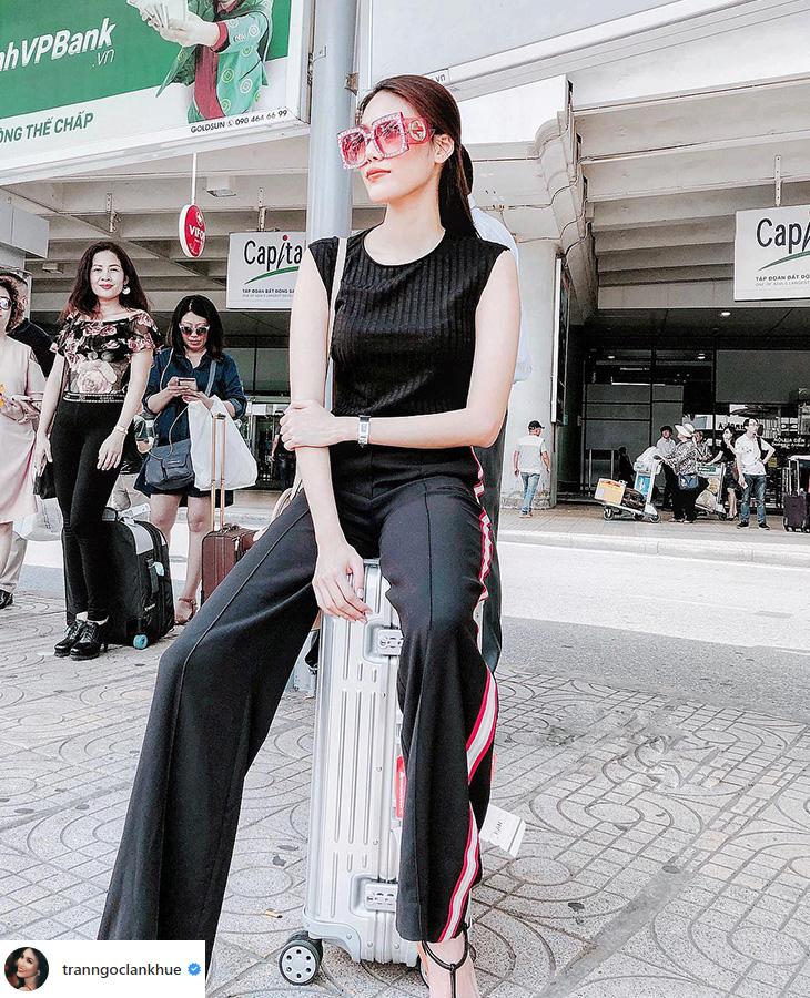 elle việt nam thời trang sân bay lan khuê.