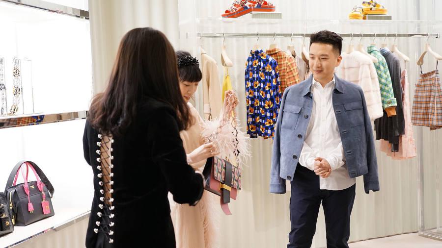 Liang Tao túi xách hàng hiệu 12
