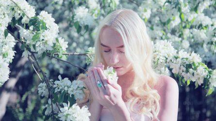Mùi hương mùa Thu trong những thiết kế nước hoa kinh điển
