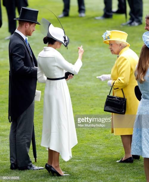 giày cao gót của Công nương Kate Middleton 8