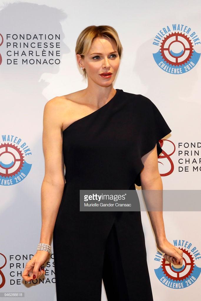 thời trang của Công nương Monaco 4