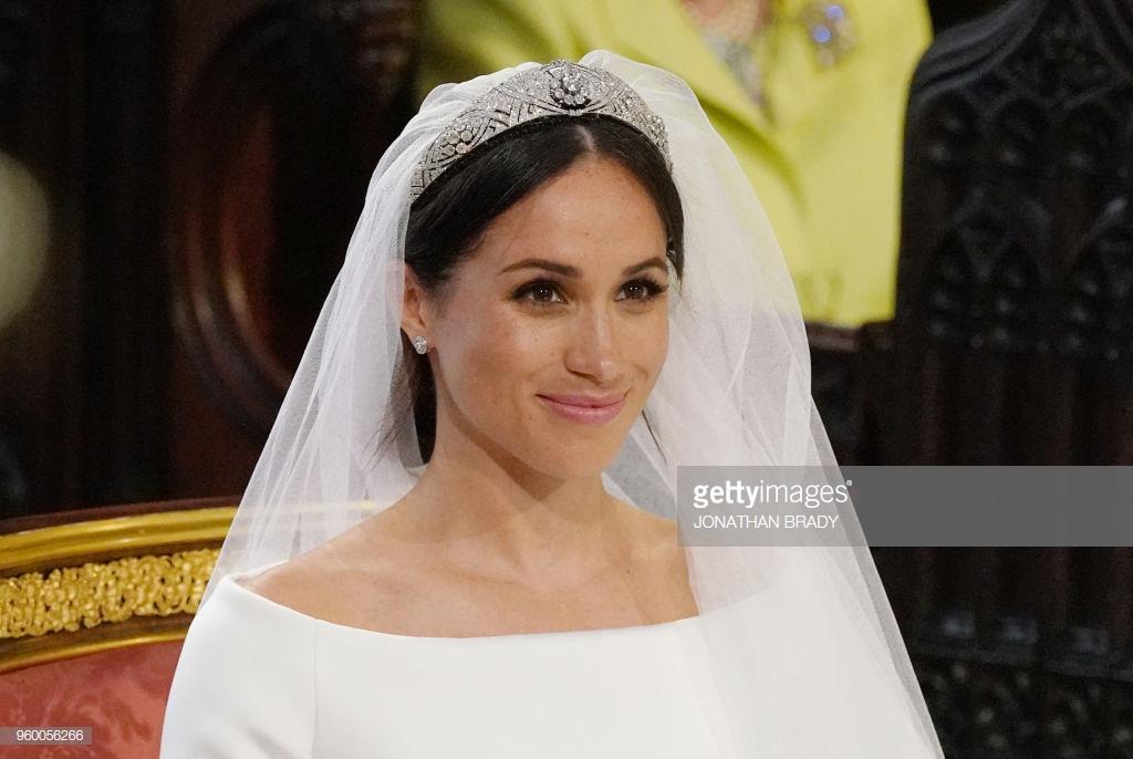 điểm tin thời trang váy cưới của Meghan Markle 3