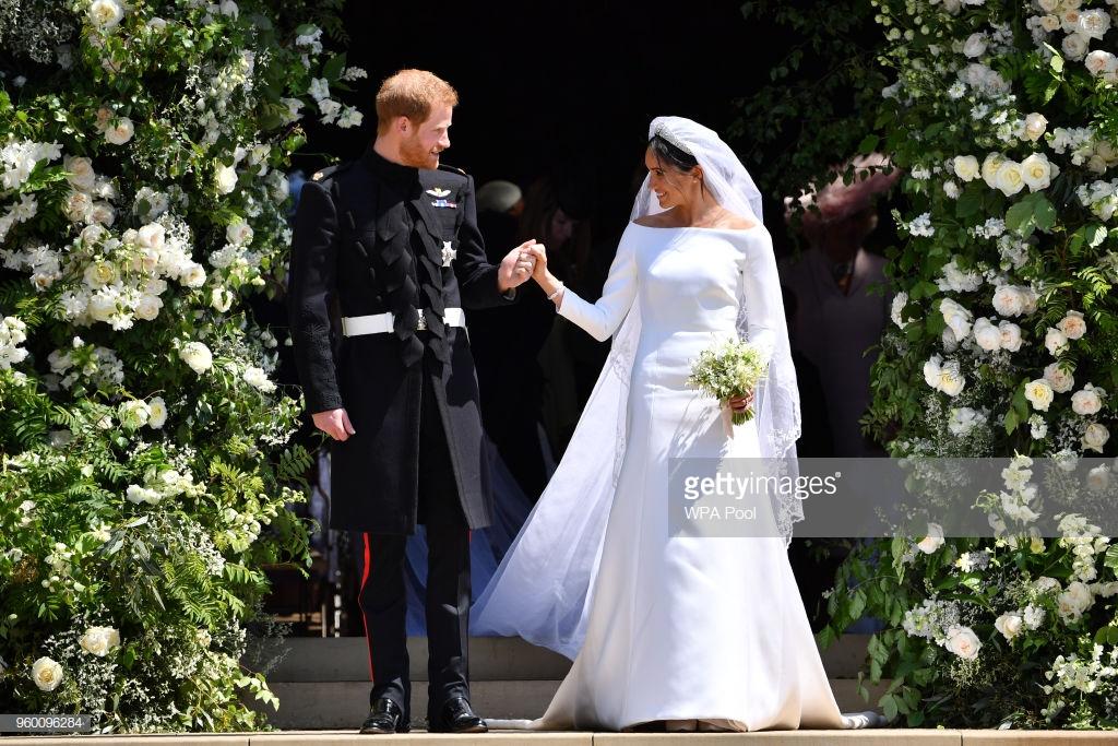 điểm tin thời trang váy cưới của Meghan Markle 1
