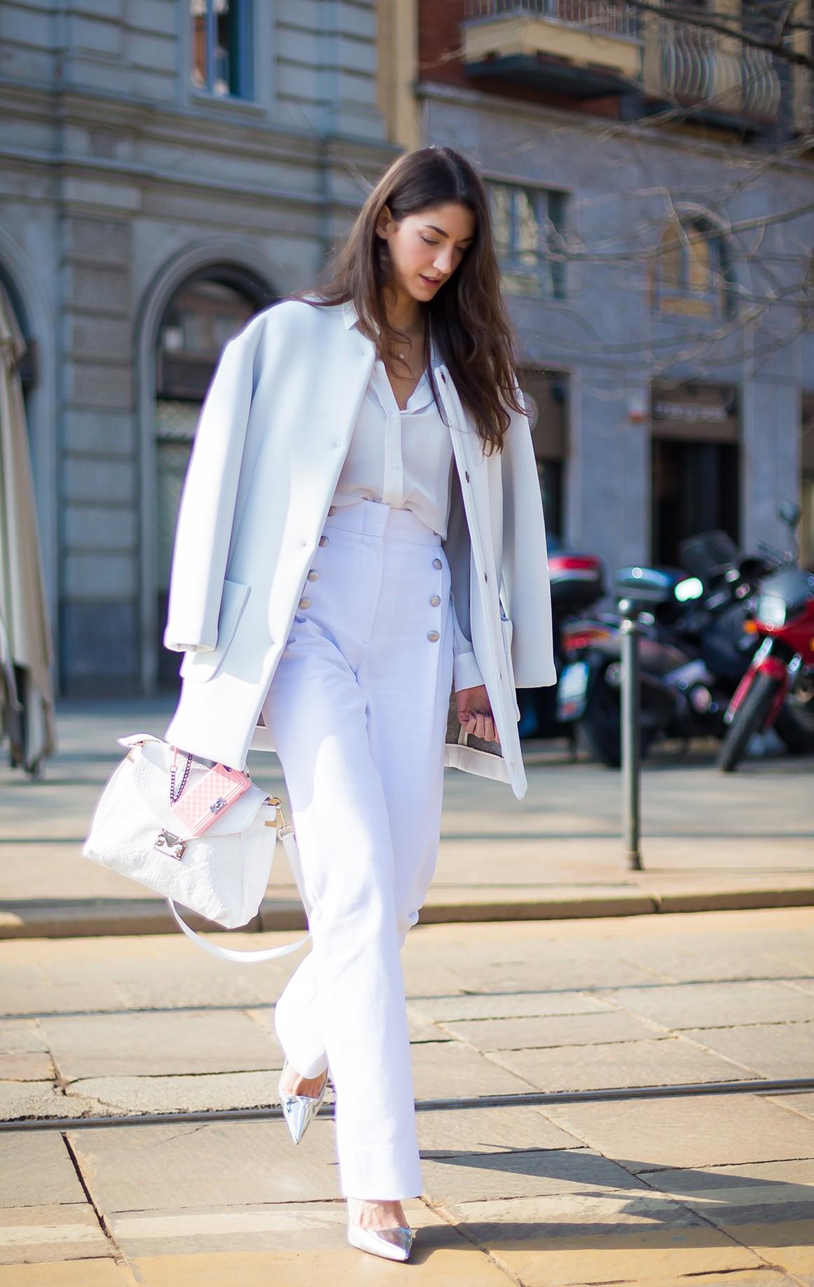 phong cách thời trang tinh tế cùng sắc trắng đen 5