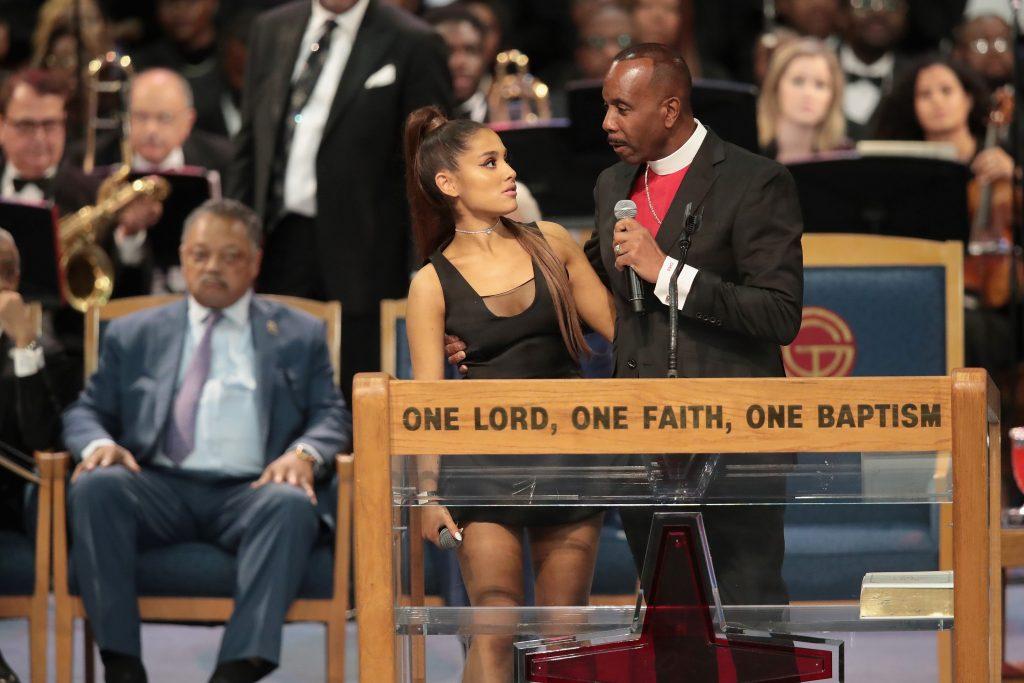 elle việt nam Oh!GG Ariana Grande