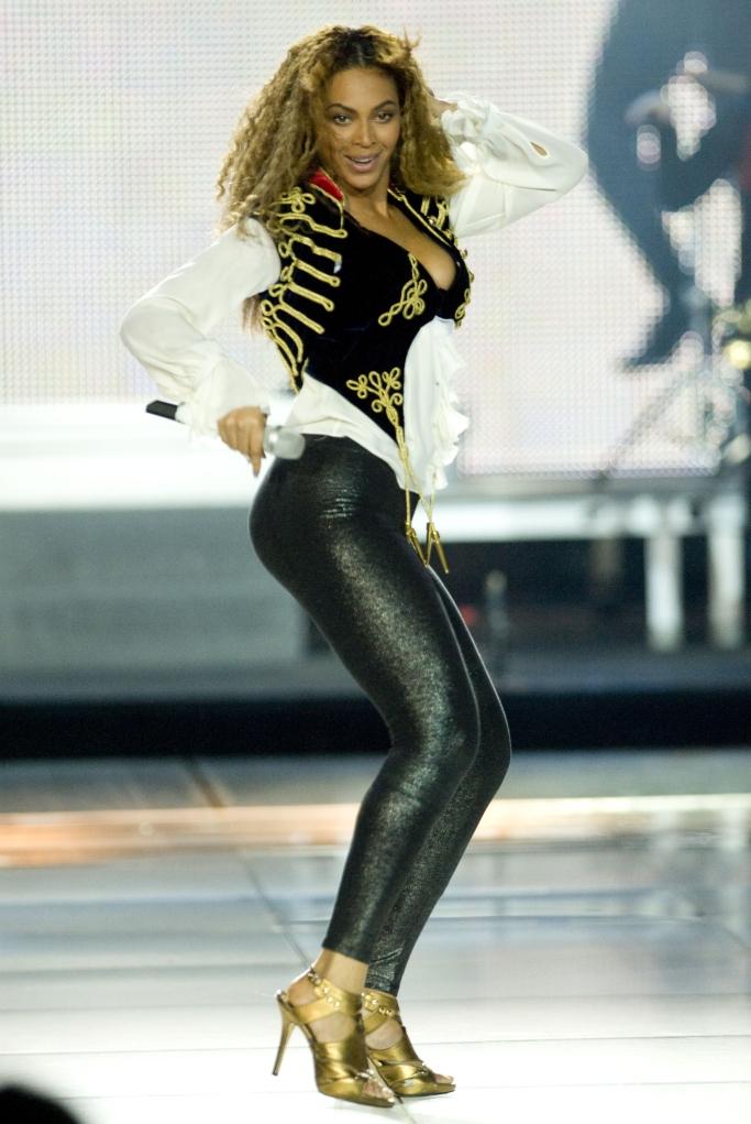phong cách thời trang của Beyoncé 11