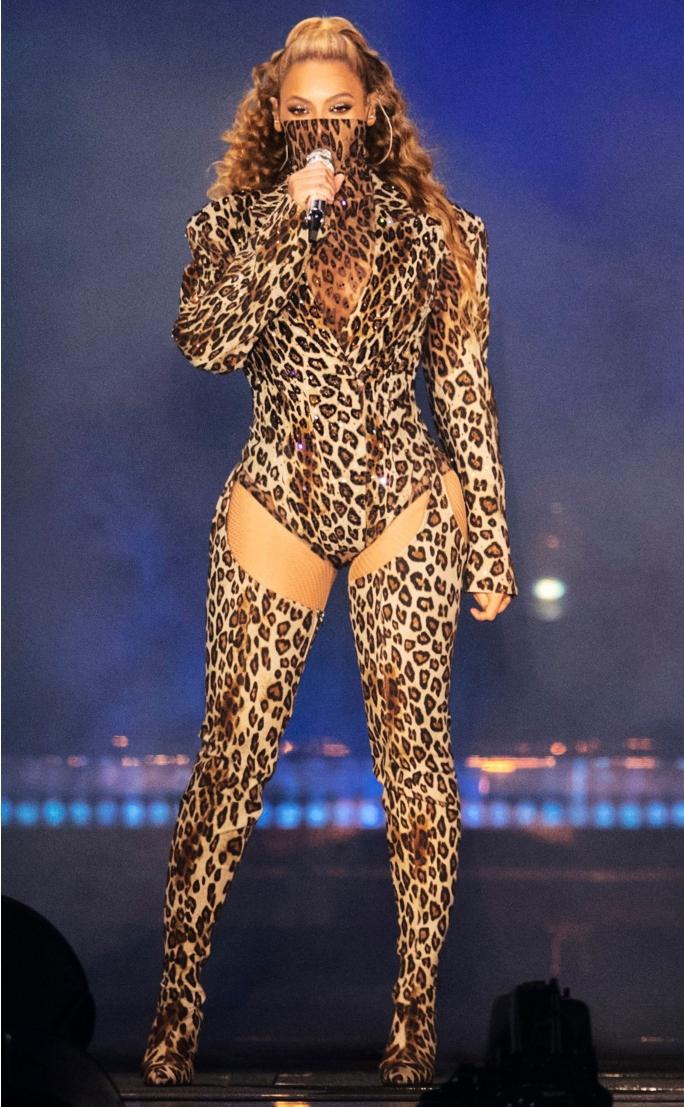 phong cách thời trang của Beyoncé 16
