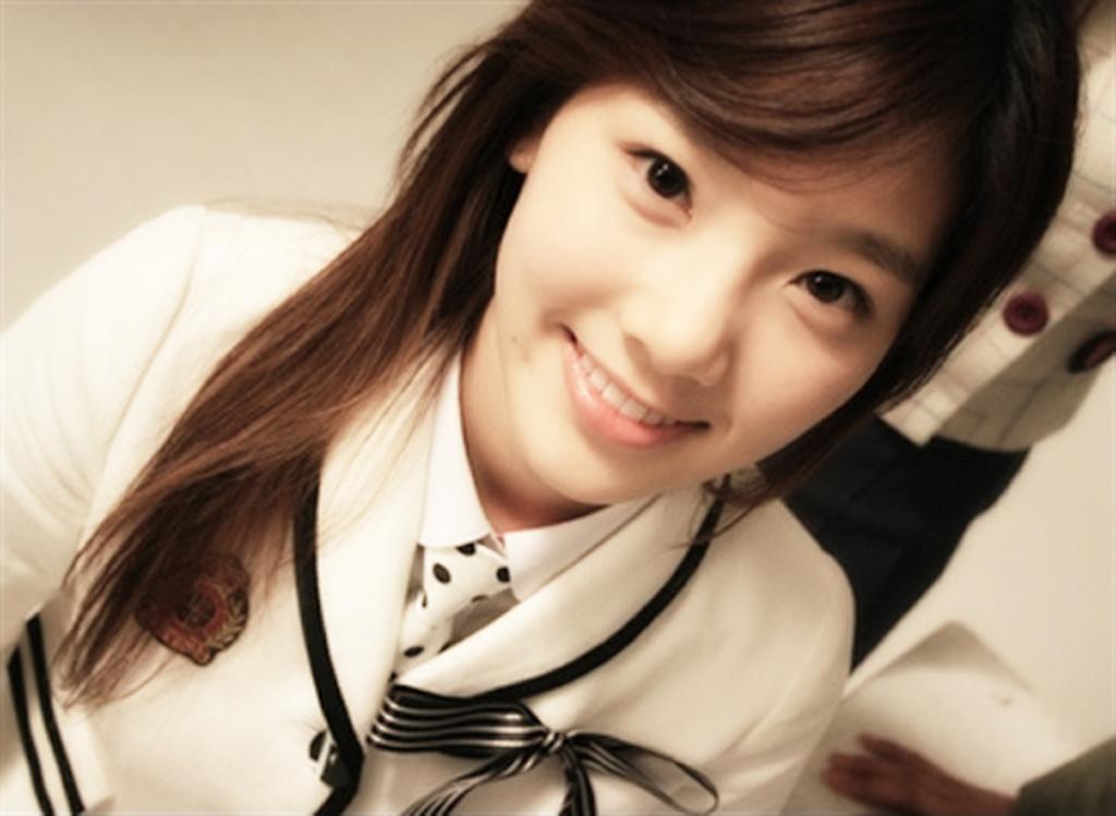 nhóm nhỏ SNSD_Taeyeon2
