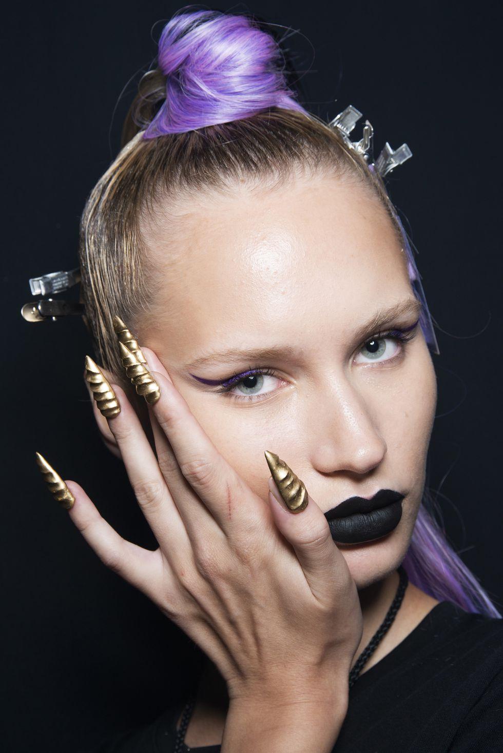 mẫu sơn móng tay tuần lễ thời trang new york xuân 2019 2
