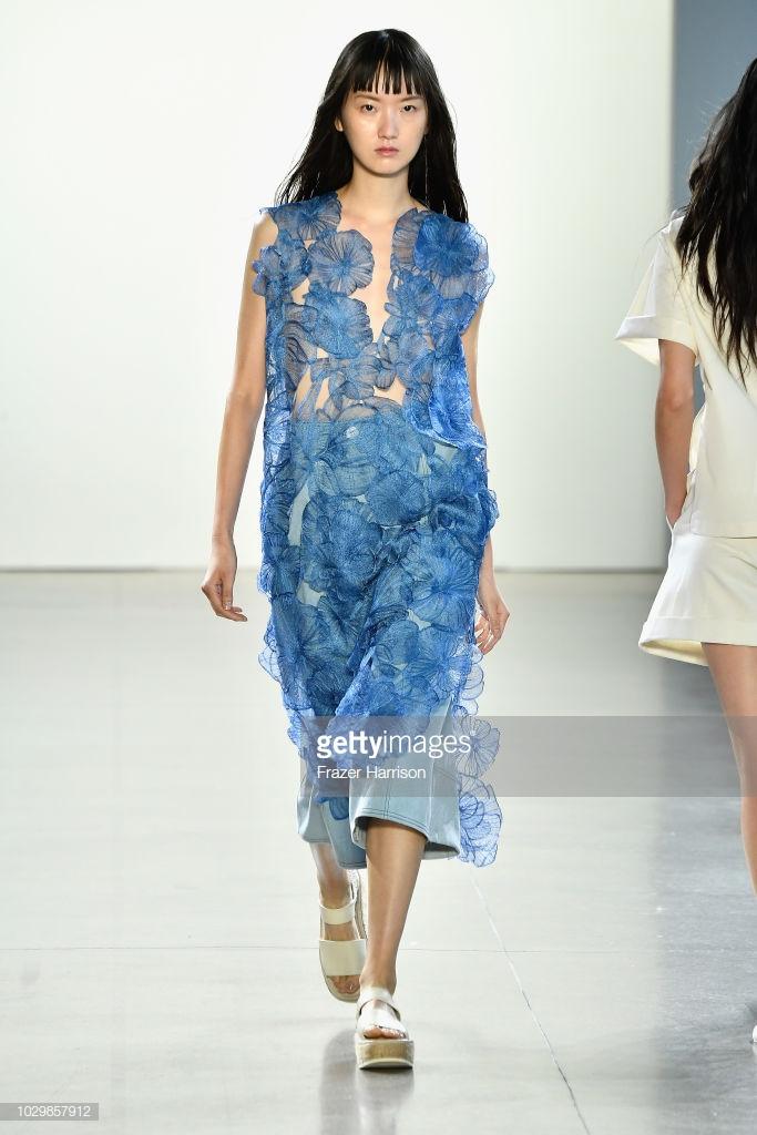 show thời trang toàn người mẫu châu Á2