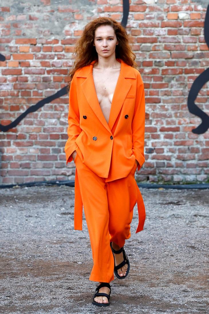 elle việt nam xu hướng màu sắc cam Iben