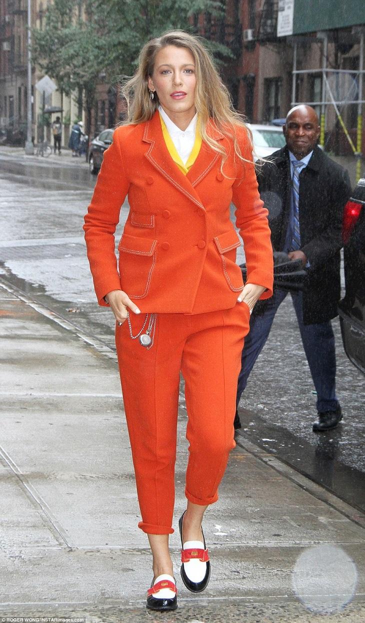 elle việt nam xu hướng màu sắc cam blake lively