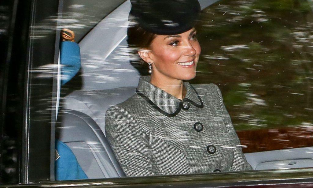 trang sức công nương Hoàng gia Anh