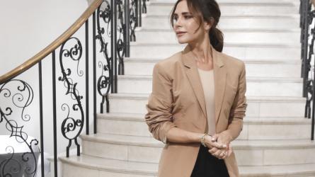 Victoria Beckham giờ đã được tôn vinh như nhà thiết kế thời trang thực thụ