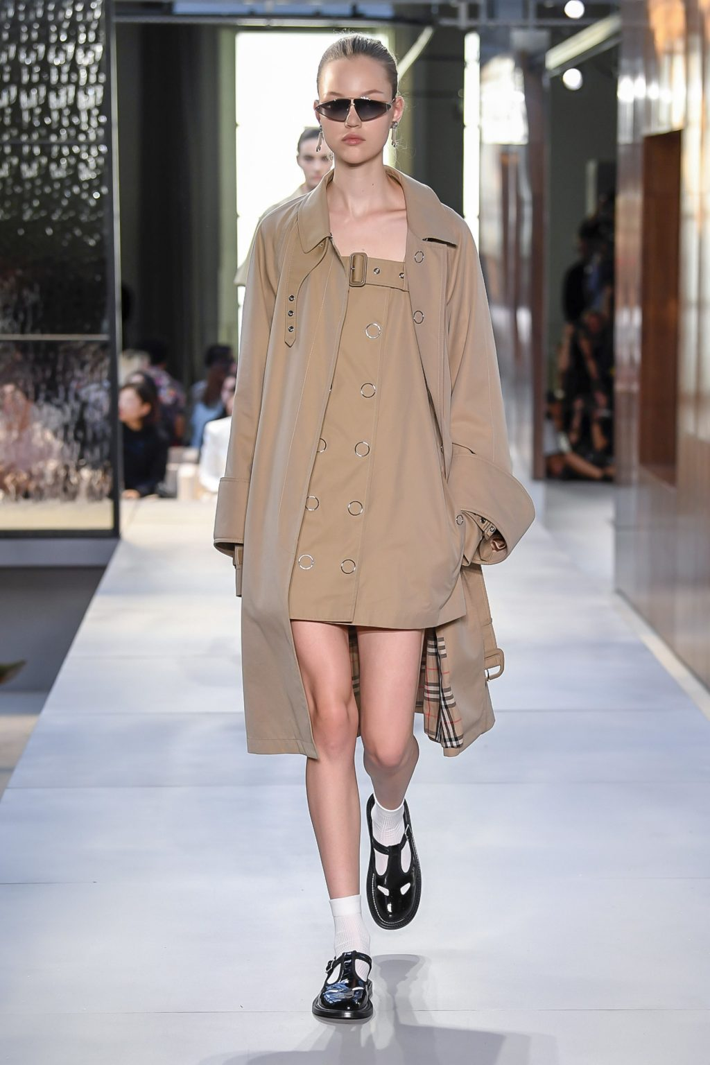thời trang Burberry London Fashion Week 2019 13