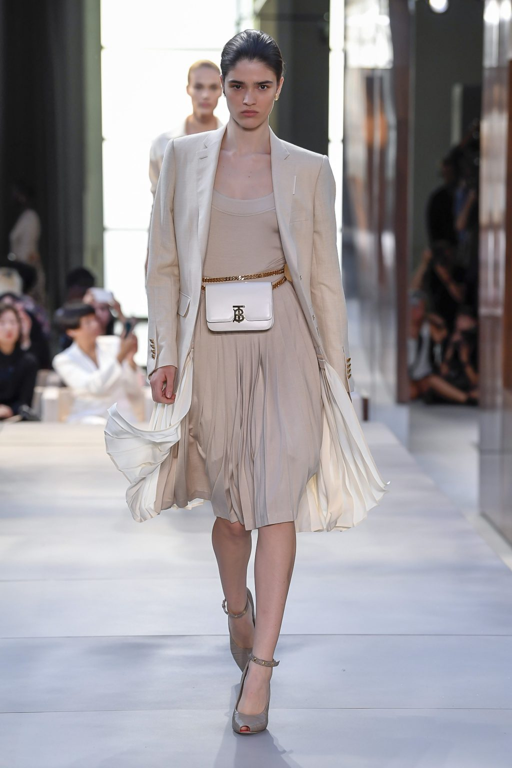 thời trang Burberry London Fashion Week 2019 11