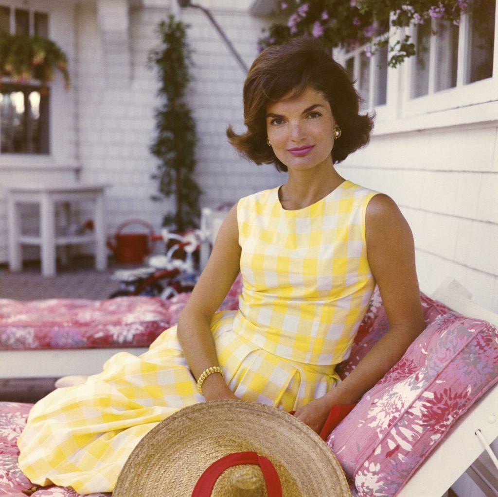 Jackie Kennedy bài học về thời trang và làm đẹp
