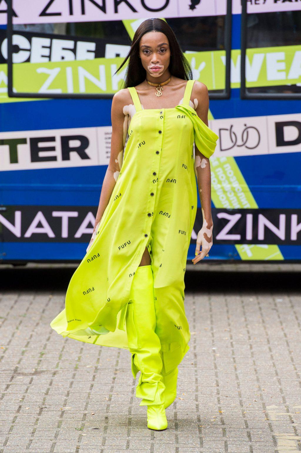 dấu ấn tuần lễ thời trang london 2019 4