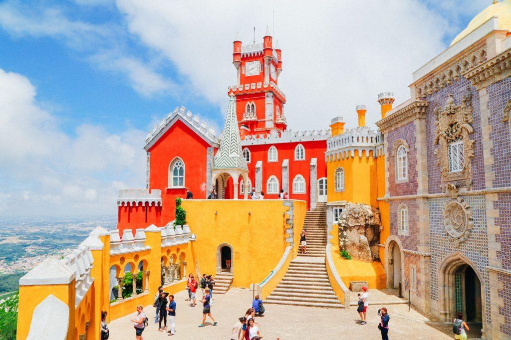 elle việt nam lâu đài Pena Palace 2