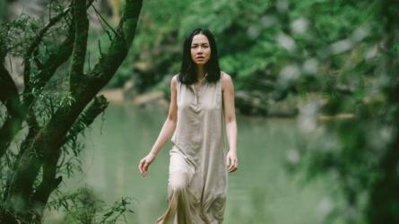 Đinh Ngọc Diệp và vai trò người dẫn truyện trong Người Bất Tử