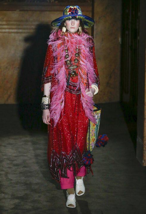 Bộ sưu tập Xuân - Hè 2019 của Gucci nói đến sự bất tử của cảm xúc và văn hóa.<br/>bộ sưu tập Gucci Xuân Hè 2019