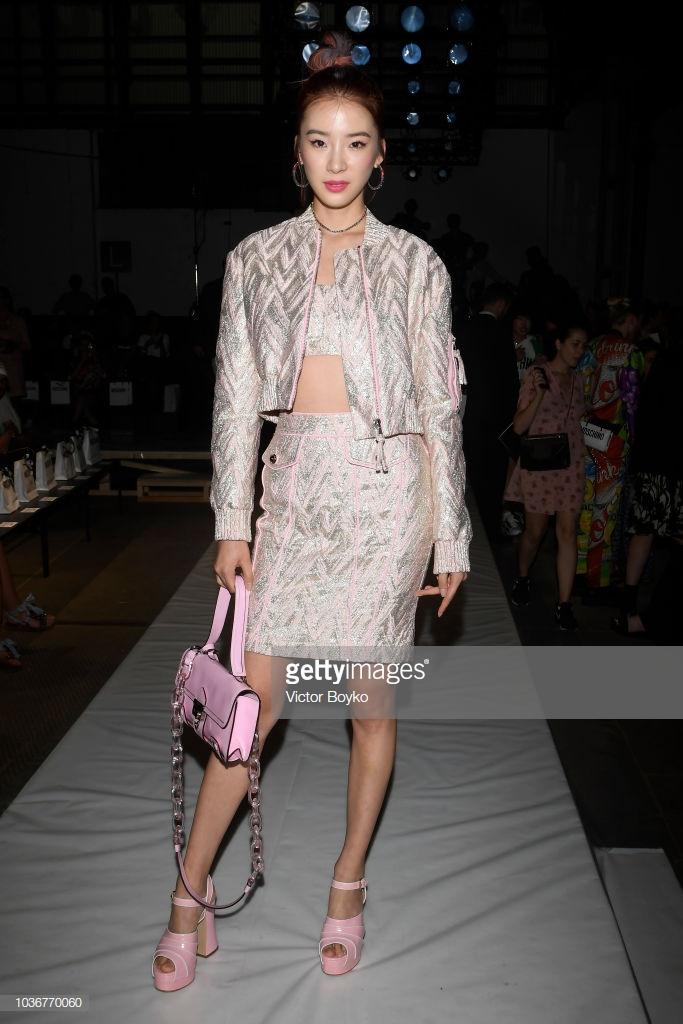 Nàng thơ châu Á tại Tuần lễ thời trang Milan 2019 10