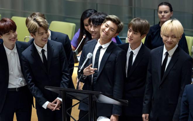 nhóm nhạc BTS 4