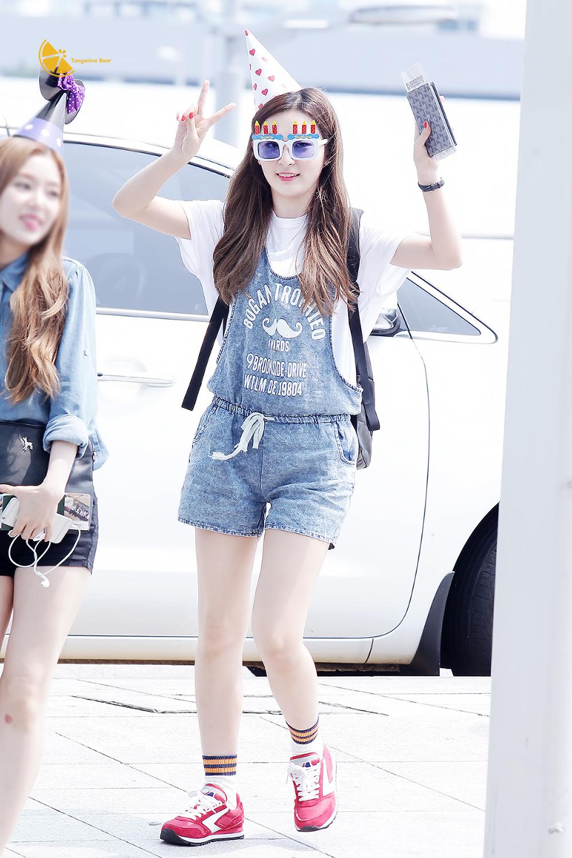 Phong cách thời trang Seulgi (Red Velvet): mix match đa dạng với những item cơ bản