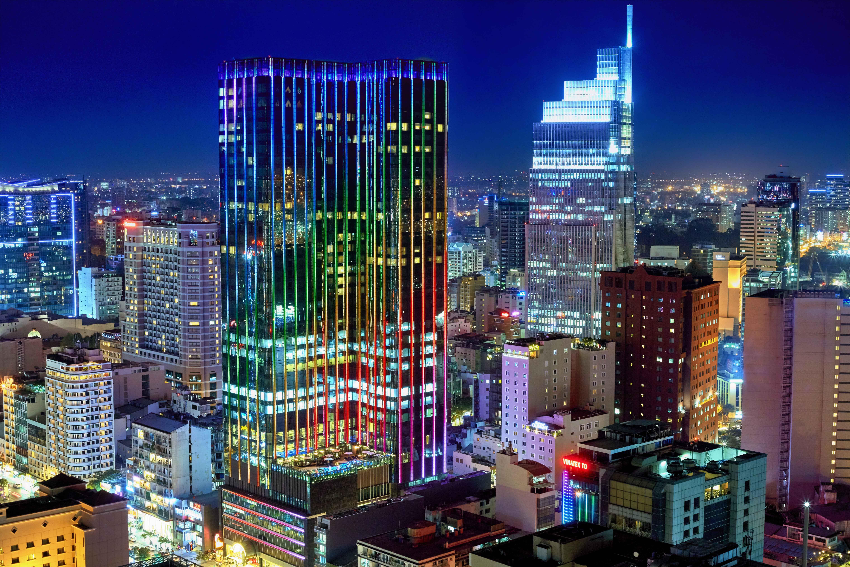 The Reverie Saigon - Exterior Lights