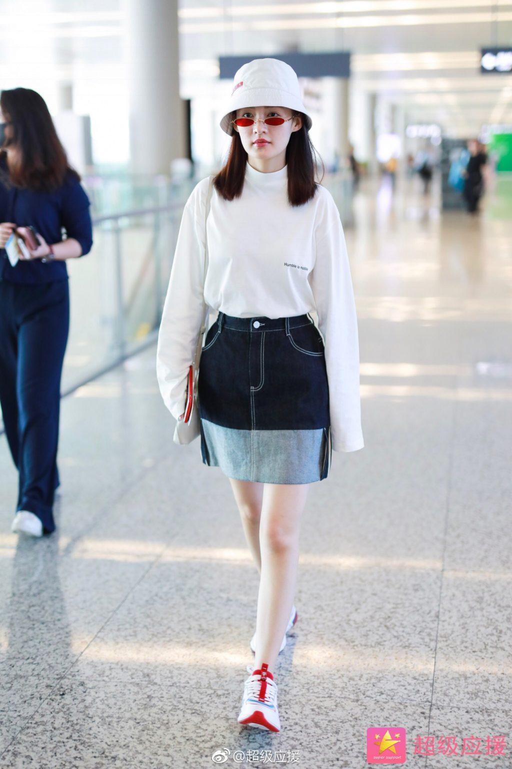"""Khám phá phong cách thời trang của Lý Thấm - nàng """"Hàm Hương Kiến Dung Phi"""" của Như Ý truyện"""