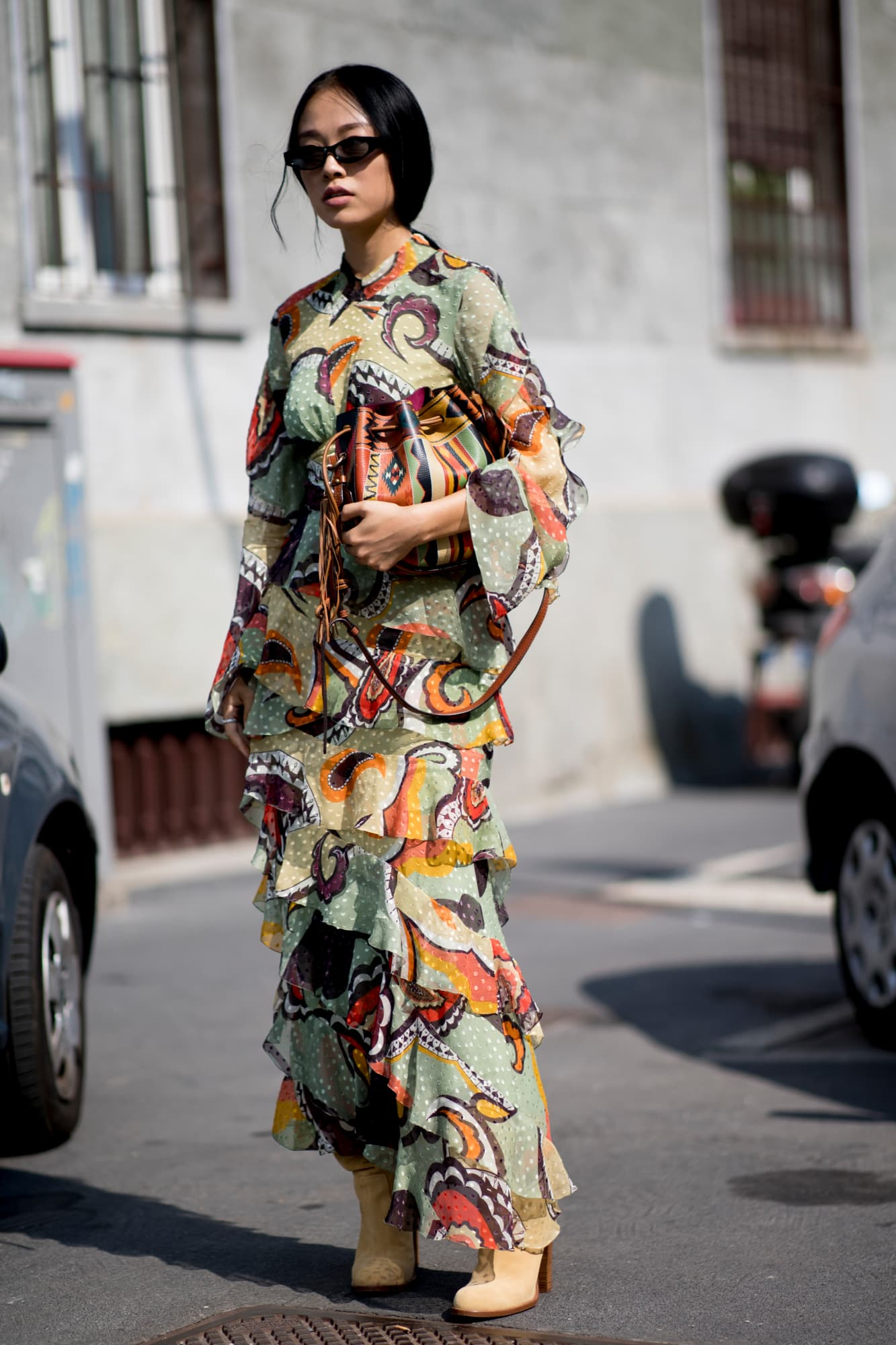 street style tuần lễ thời trang Milan họa tiết 9