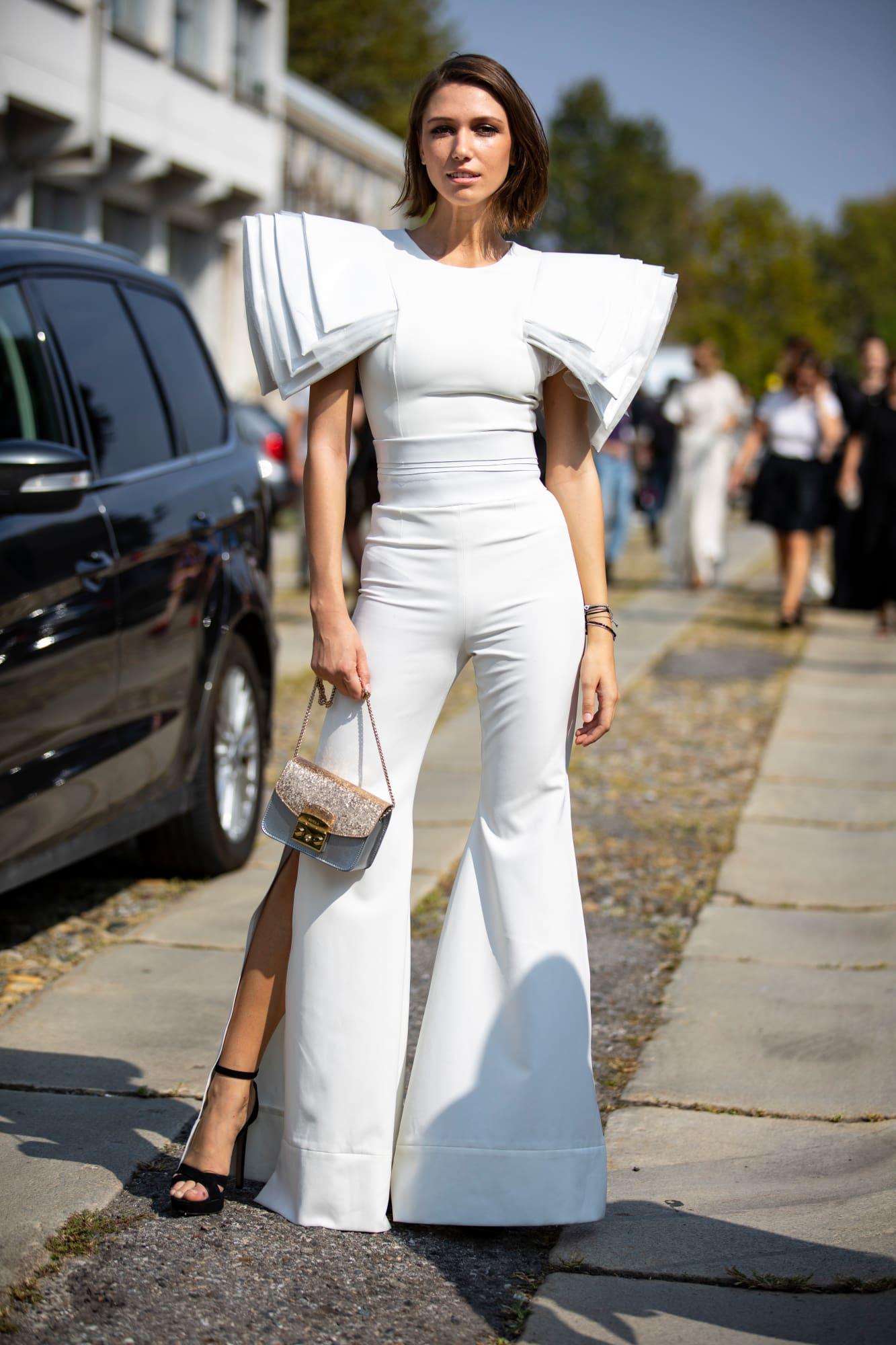 street style tuần lễ thời trang Milan chi tiết phóng đại
