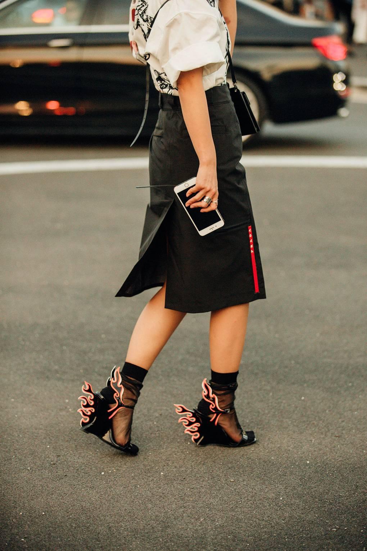 street style tuần lễ thời trang Milan phụ kiện 8