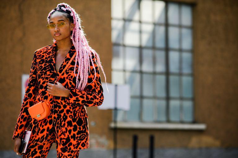 street style tuần lễ thời trang Milan họa tiết 3