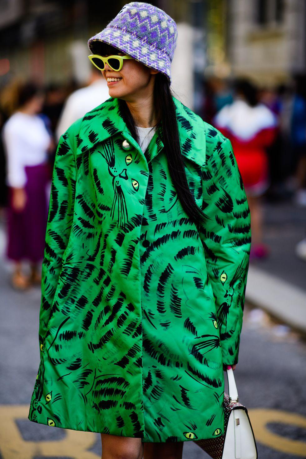street style tuần lễ thời trang Milan họa tiết 4