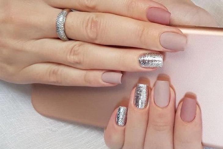 Mê mẫn với 10 kiểu móng tay đẹp cho ngày cưới 08