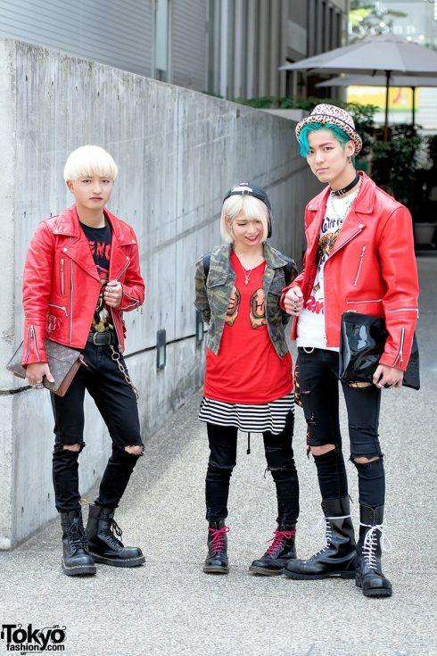 Punk kiểu Nhật được lấy cảm hứng từ phong trào Punk khởi phát ở London trong thập niên 1970. Phong cách này đề cao tính cách nổi loạn với đủ loại quần áo, phụ kiện, trang điểm và xỏ khuyên khác người. (Ảnh: tokyofashion.com)<br/>thời trang Harajuku 4