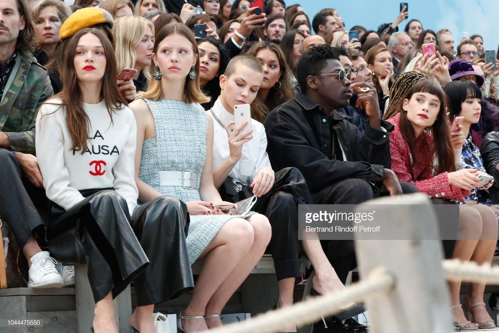 Dàn sao quốc tế tại buổi trình diễn Chanel Xuân - Hè 2019 33