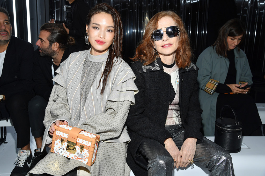 sao quốc tế tại tuần lễ thời trang paris 2019 28