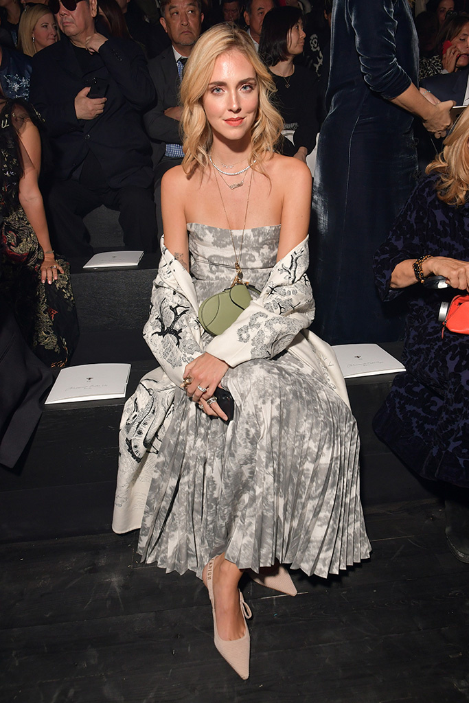 sao quốc tế tại tuần lễ thời trang paris 2019 4