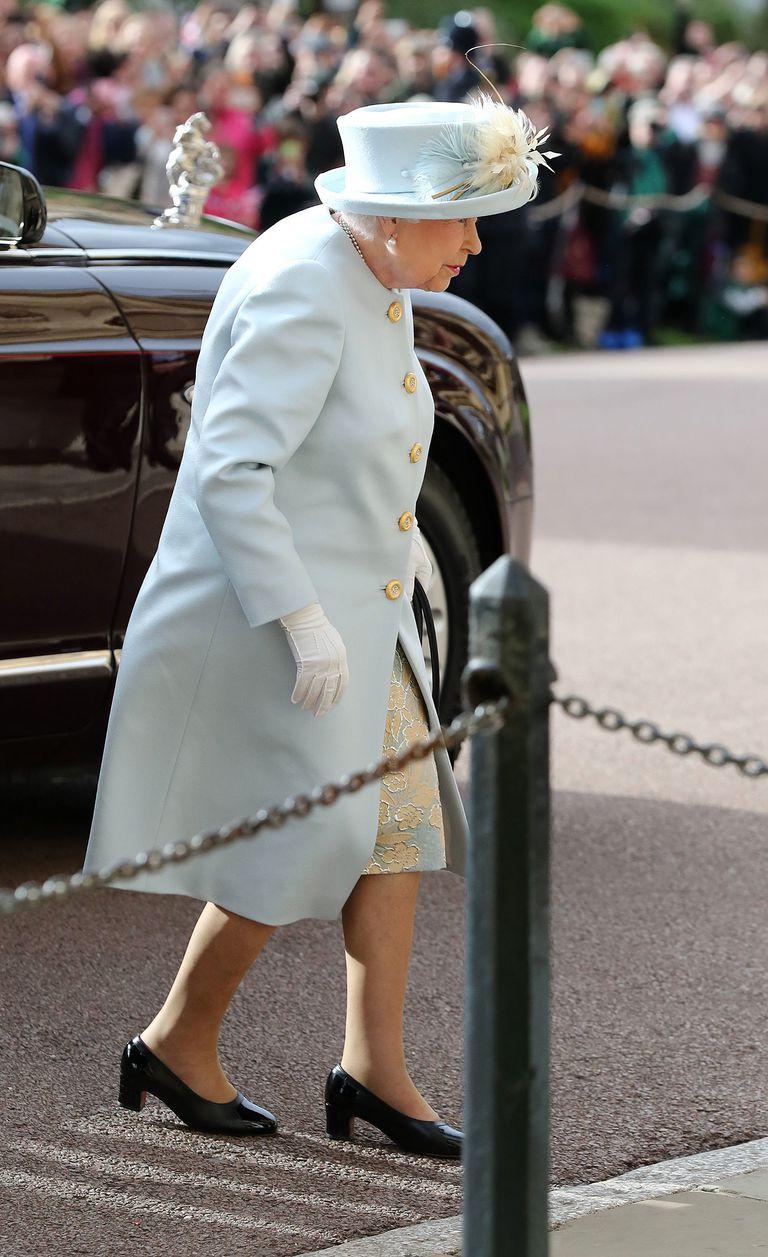 Nữ hoàng Anh Elizabeth II tại đám cưới công chúa Eugenie 02