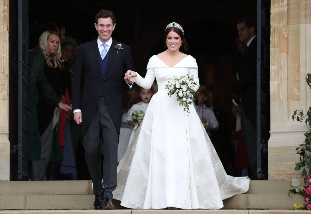 váy cưới công chúa eugenie