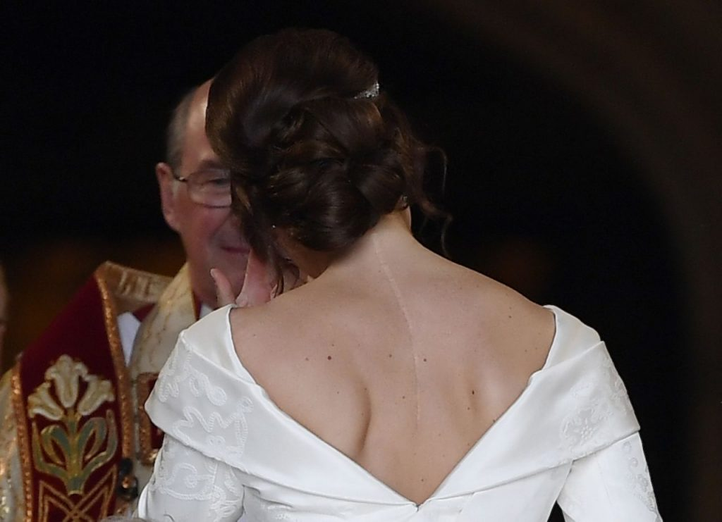 váy cưới của công chúa eugenie 6