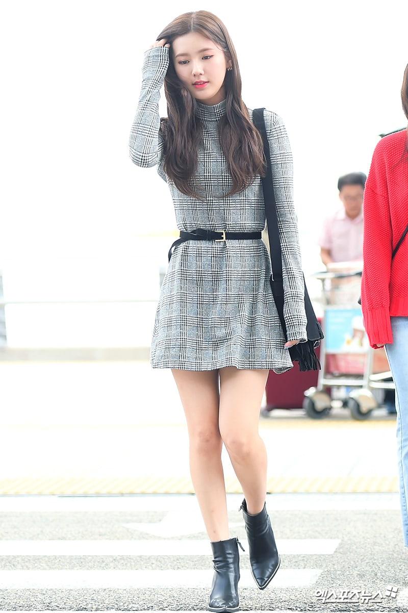Xu hướng thời trang sân bay sao Hàn mùa Thu 10