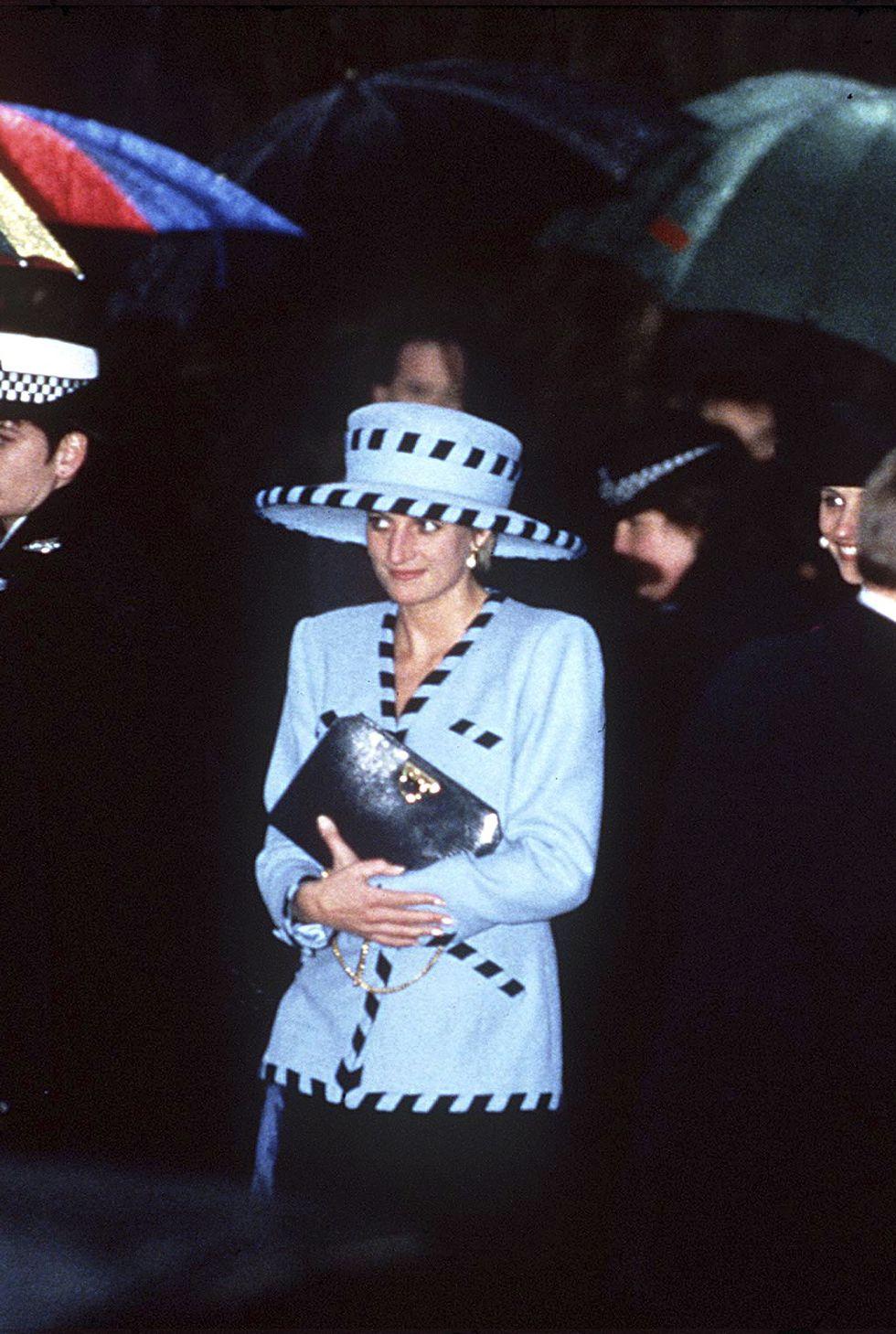 Công nương Diana T12/1992