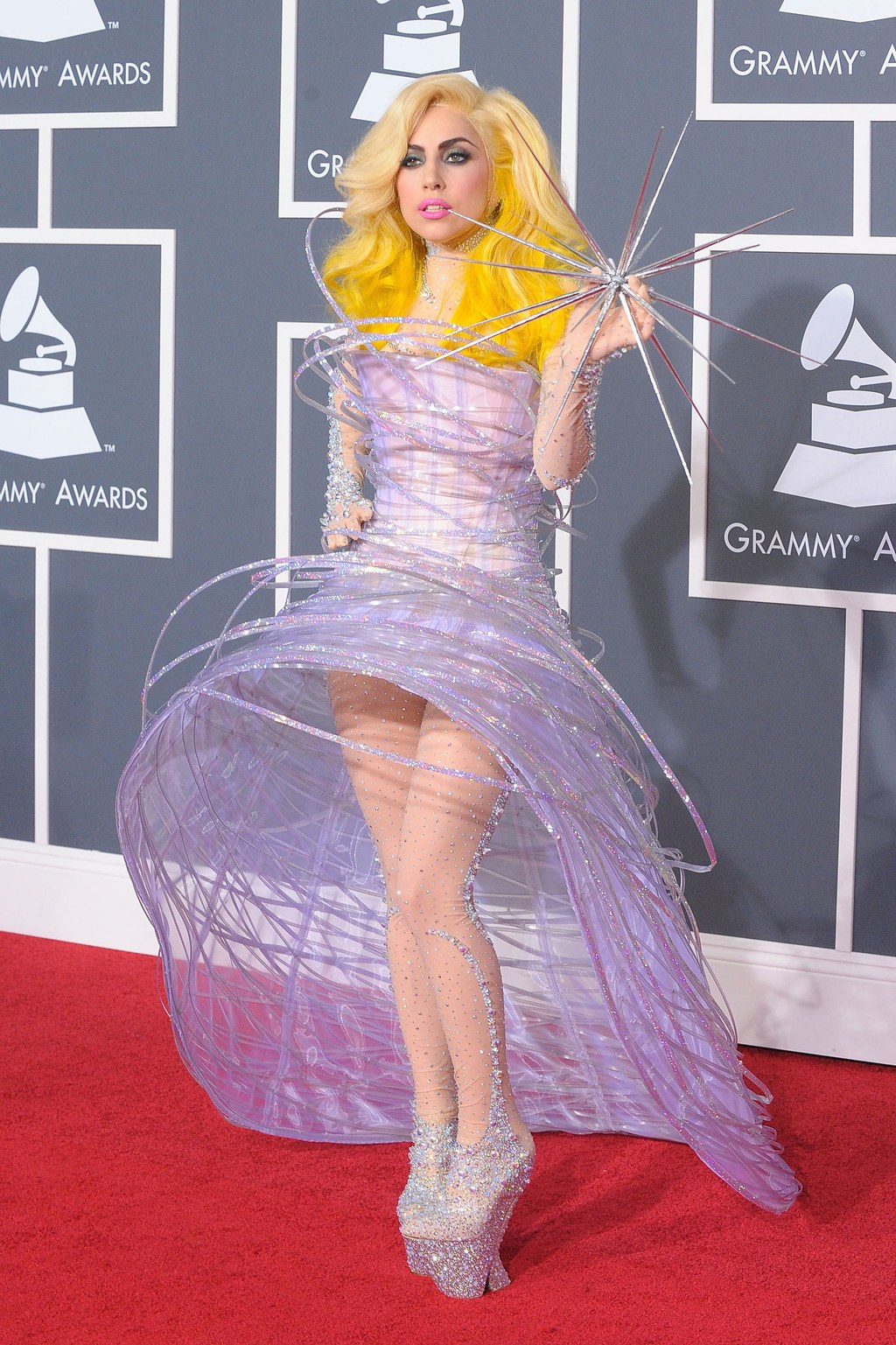 Met Gala Lady Gaga 01