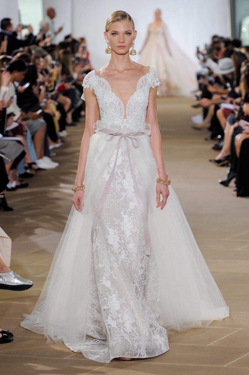 Xu hướng thời trang cưới lấy cảm hứng từ váy cưới của Chiara Ferragni và Meghan Markle 18